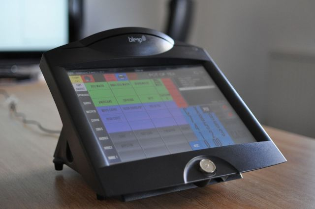 Bleep TS750 running ICRTouch TouchPoint