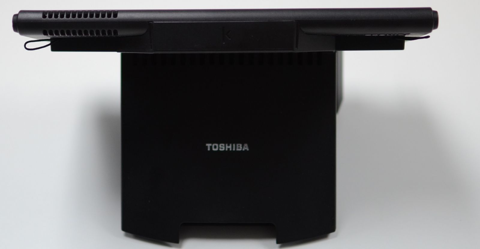 Toshiba TCxFlight Back